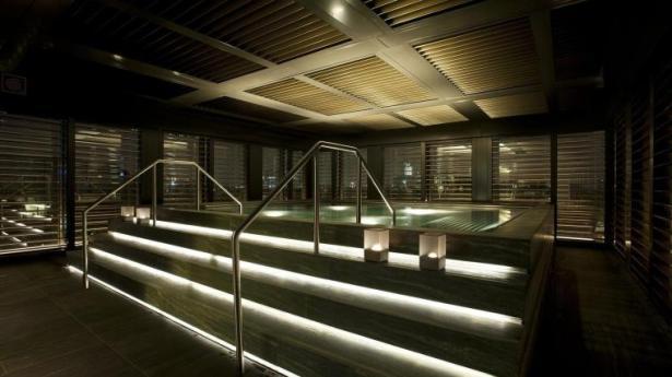 Armani-Hotel-Milano-photos-Exterior (1)